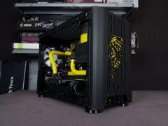 小机箱水冷:NCase小胖子黄黑配色水冷电脑MOD方案