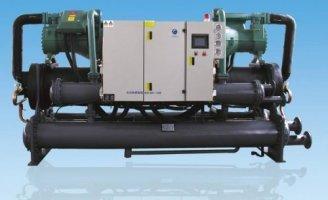 螺杆式冷水机组合配件的性能因