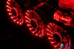 超厚360MM冷排+炫彩红光 水冷配件赏析